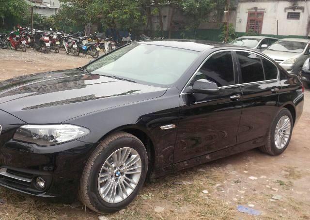 cho thue xe BMW 530
