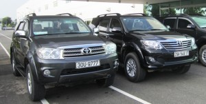 cho-thue-xe-cuoi-toyota-fortuner