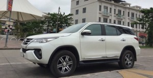 cho thue xe fortuner